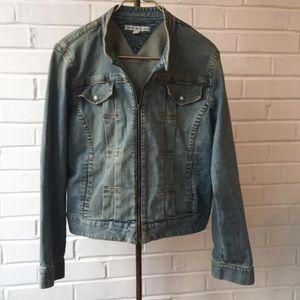 Vintage Tommy Hilfiger Light Wash Denim Jacket XL
